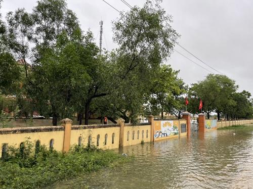 Mưa lũ gây nhiều thiệt hại tại tỉnh Quảng Bình