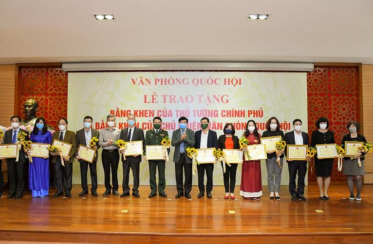 Báo điện tử Đảng Cộng sản Việt Nam vinh dự nhận Bằng khen trong công tác bầu cử