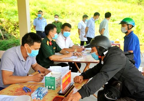 Hà Giang quy định tạm thời về thích ứng an toàn với dịch COVID-19