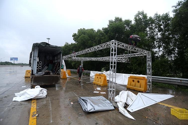 Hà Nội rút toàn bộ 22 chốt kiểm soát tại cửa ngõ Thủ đô