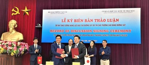 Nhật Bản hỗ trợ Việt Nam tăng cường năng lực đào tạo nhân lực đường sắt đô thị