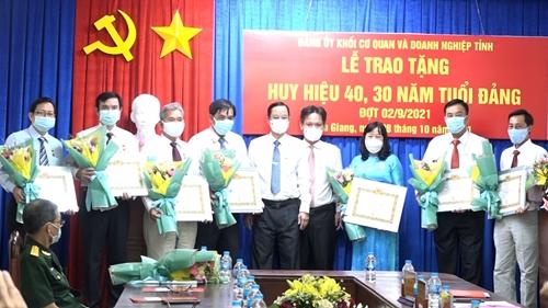 An Giang Nâng cao chất lượng hoạt động của tổ chức Đảng, đảng viên Khối Cơ quan và Doanh nghiệp