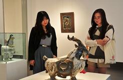 Chiêm ngưỡng 100 tác phẩm gốm nghệ thuật