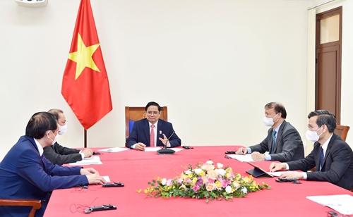 Thủ tướng Phạm Minh Chính điện đàm với Tổng thống Chi-lê