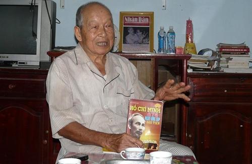 Фам Хунг Ань собирает архивные материалы о президенте Хо Ши Мине