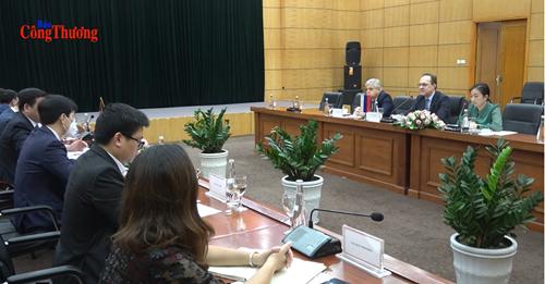 Вьетнам и Россия будут и впредь продвигать эффективное сотрудничество во всех областях