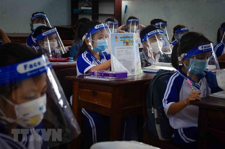 Спецкласс во время пандемии COVID-19 в провинции Камау