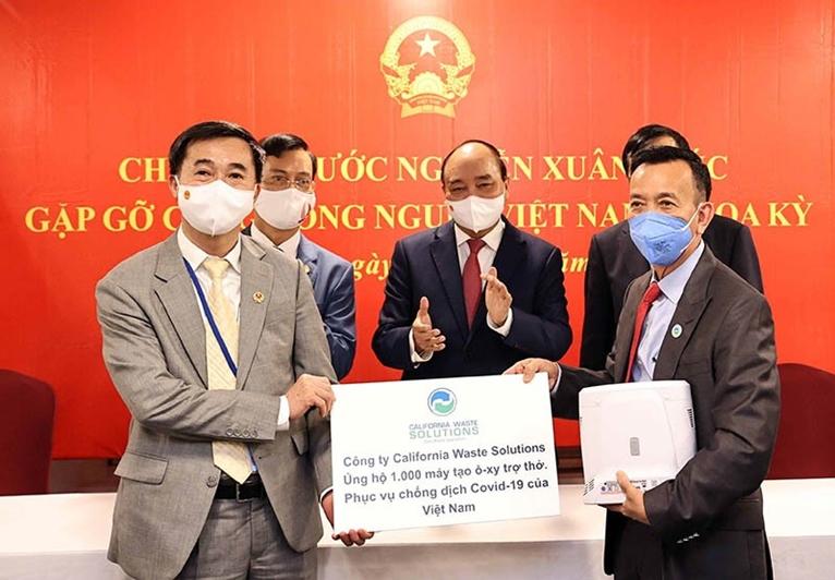 Президент Вьетнама общество вьетнамцев за рубежом вносило и вносит большой вклад в развитие страны