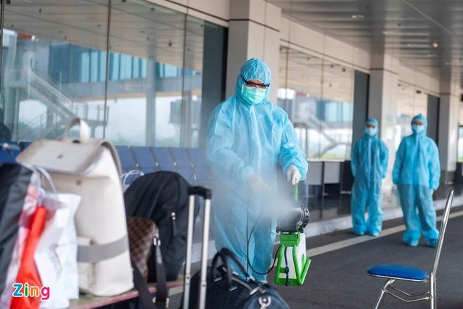 В аэропорту Вандон приземлился 4-й последний рейс в рамках пилотной программы приема пассажиров с «вакцинными паспортами»