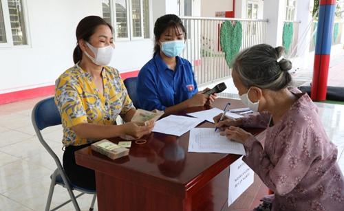 г Ханой было выделено 1329 млрд донгов на социальную поддержку жителей и трудящихся