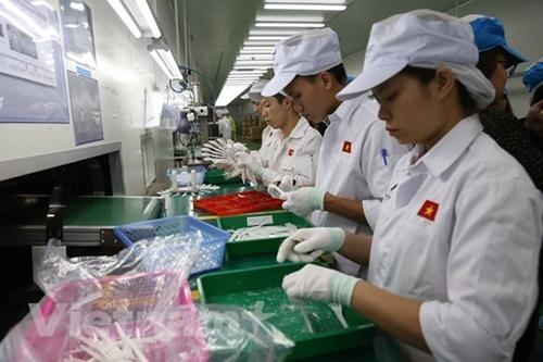 Standard Chartered по-прежнему считает, что коммерческие позиции Вьетнама остаются крепкими как в краткосрочной, так и в среднесрочной перспективе