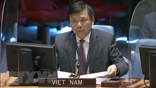 Вьетнам высоко оценивает роль женщины в поддержании и построении мира