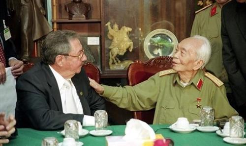 Exposición en Argelia realza trayectoria revolucionaria del general Vo Nguyen Giap