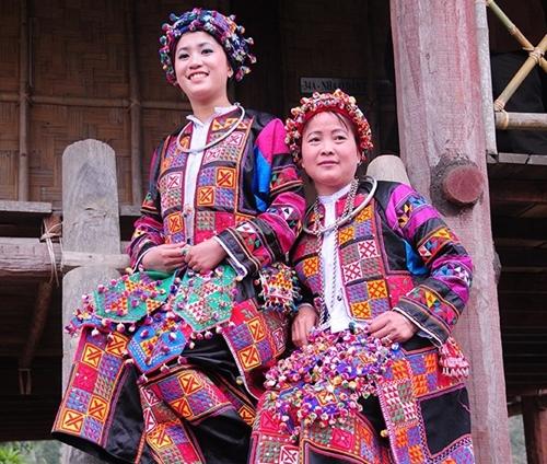 La identidad de la etnia Lo Lo, una belleza de cultura autóctona