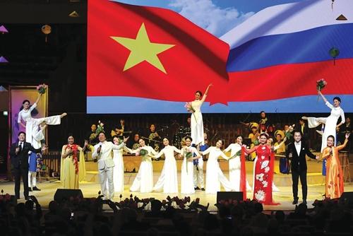 Acelerar la puesta en marcha de la estrategia cultural de Vietnam en el extranjero