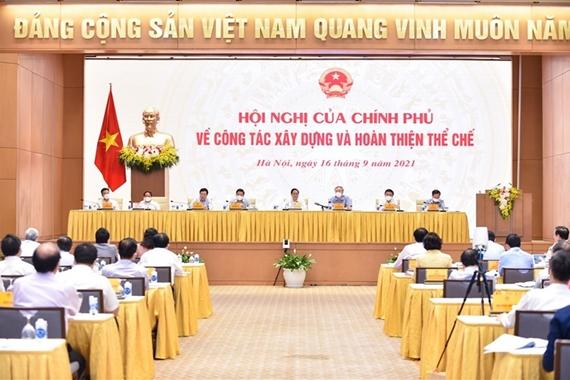 El primer ministro destaca el perfeccionamiento institucional como un avance estratégico del país