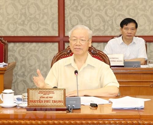 El secretario general del PCV preside una reunión del Buró Político sobre desarrollo socioeconómico en 2021