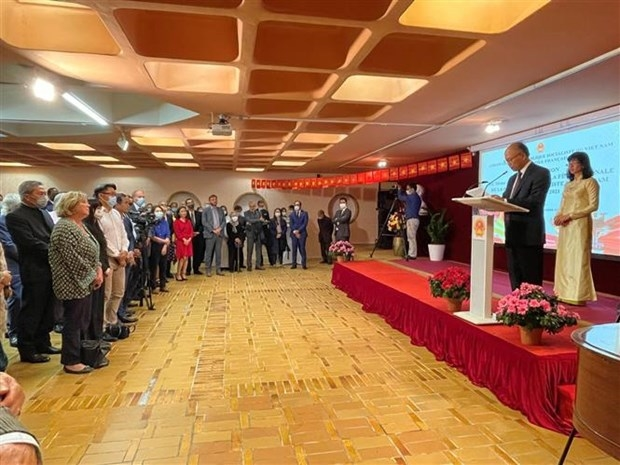 Vietnam y Francia refuerzan sus relaciones diplomáticas