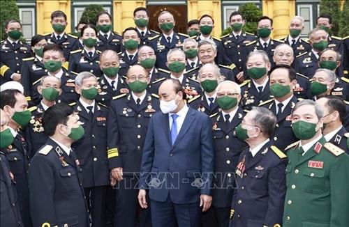 Homenaje por parte del Jefe del Estado a los veteranos en el aniversario de la apertura de la ruta marítima Ho Chi Minh